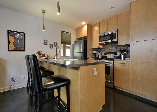 Kitchen Bar Alternate View