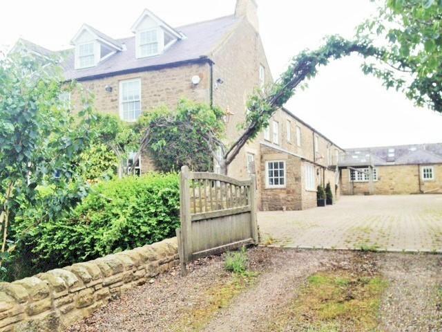 Annex to picturesque converted farmhouse