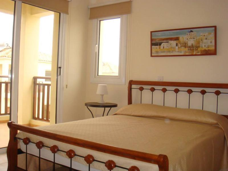 2nd Double bedroom with balcony