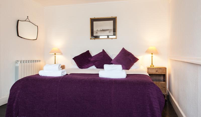 La chambre principale avec lit king size