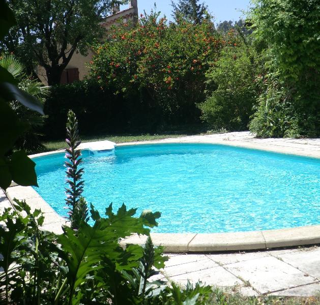 Lou Brès en Provence  dans le Grand Avignon, vacation rental in Avignon