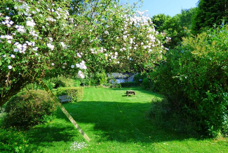 Secluded Cottage, set in gardens surrounded by open countryside, overlooking the Derwent valley.