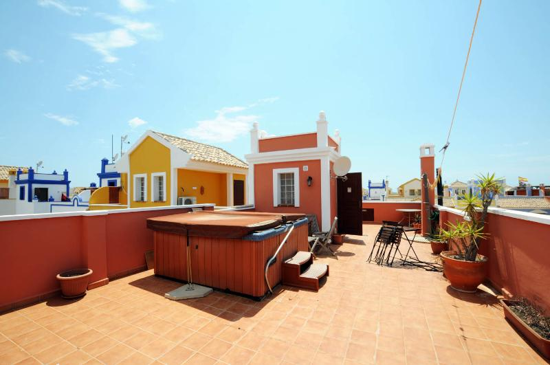 Large roof terrace with open views, a fantastic place to watch the sunset