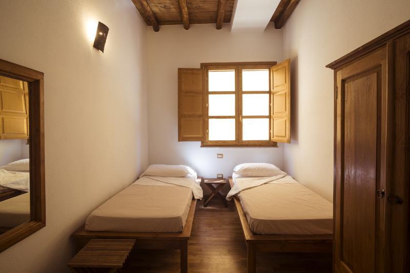 La chambre double, lumineuse et confortable