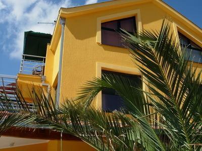 DUBROVNIK-IVANICA: VILLA WITH A SWIMMING POOL, location de vacances à Ivanica