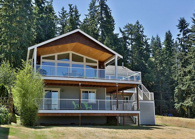 230 - Mutiny View Retreat, holiday rental in Hansville