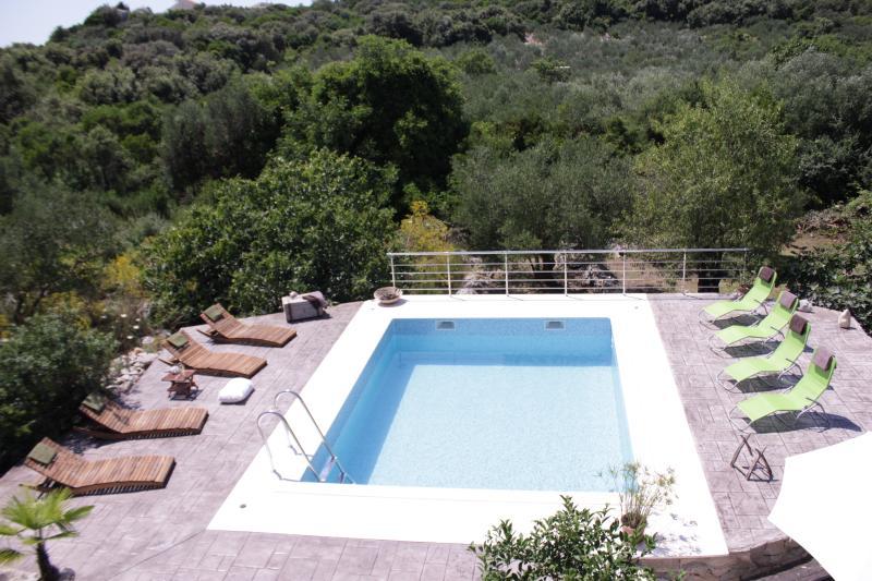 piscina / quente tubo/terraço/churrasqueira