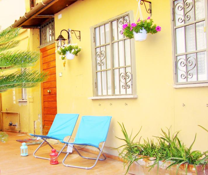 Your own Home just in the heart of Rome - Historic Centre, vakantiewoning in Rome