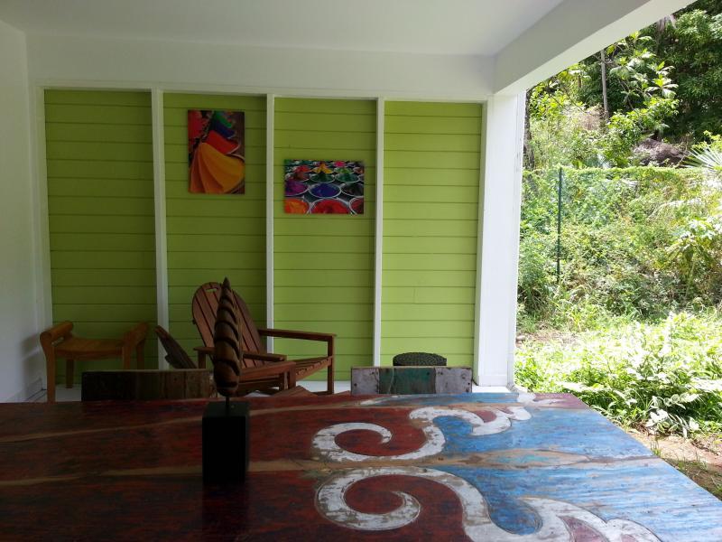 Terrasse ouverte sur jardin