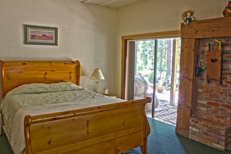 1st Sorry Bedroom with sliding door only steps from the waters edge.