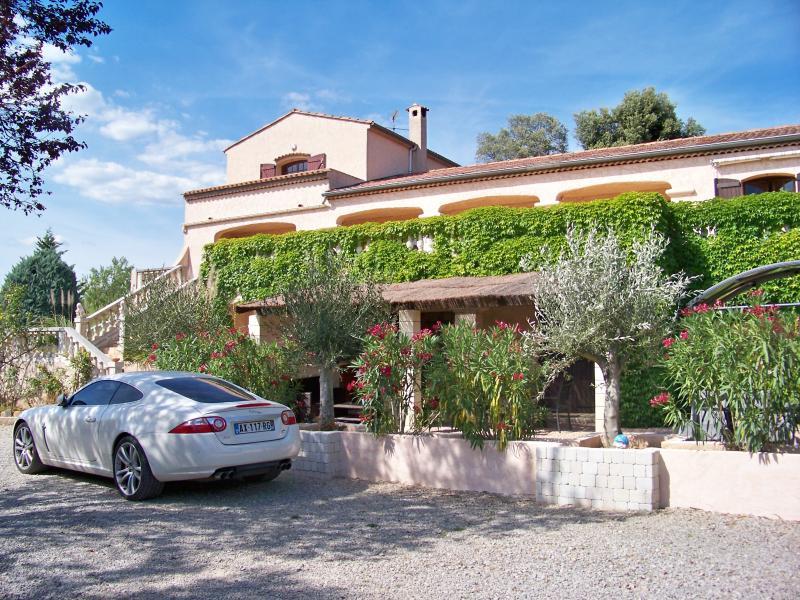 Gîte de luxe à Lorgues - Laure, location de vacances à Lorgues