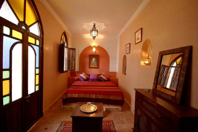 Luxury Riad  just steps from the famous  square of 'Jemaa El Fna'. The location of the Riad  Tanasa