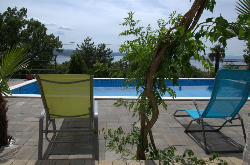 Lounger Frkovic Apartment 4, holiday rental in Crikvenica
