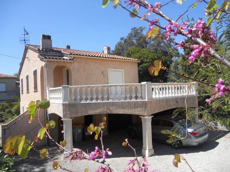 Côte d'Azur Villa Saint-Aygulf Lou Rigaou, casa vacanza a Frejus Plage