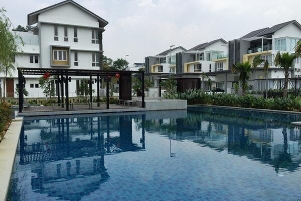 Common swimming pool for residents