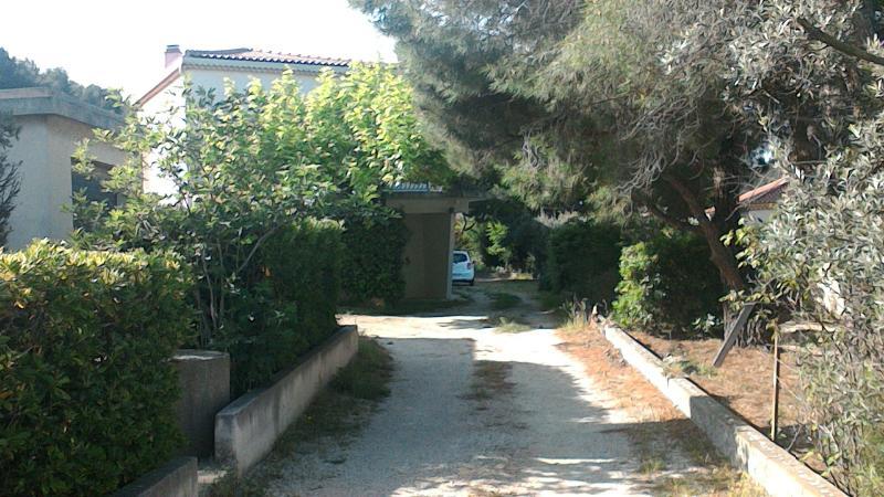 Chez Malou , villa à proximité de la Cote Bleue, holiday rental in Marignane