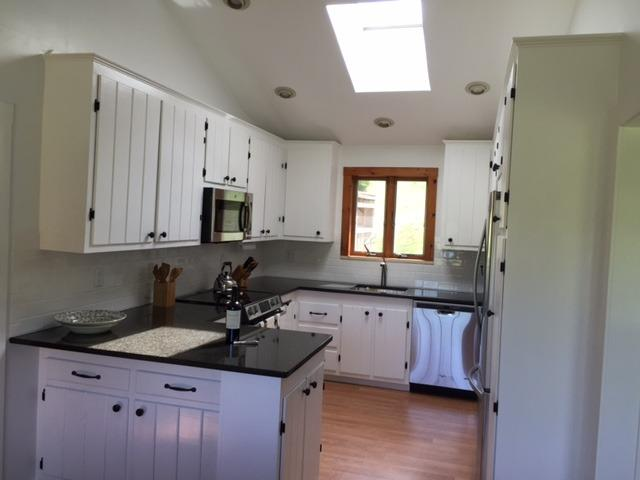 Newly renovated kitchen; granite, new stainless steel appliances - DW, skylight