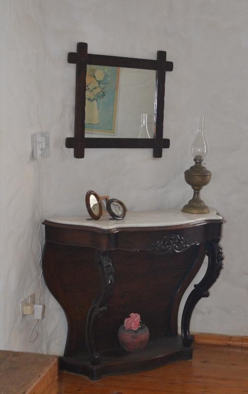 Detail in the upper bedroom