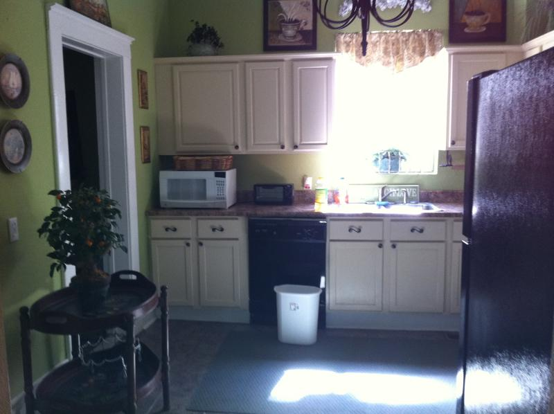 Partial pic of the kitchen