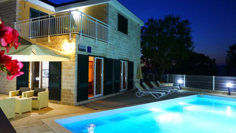 Villa Tin, holiday rental in Postira