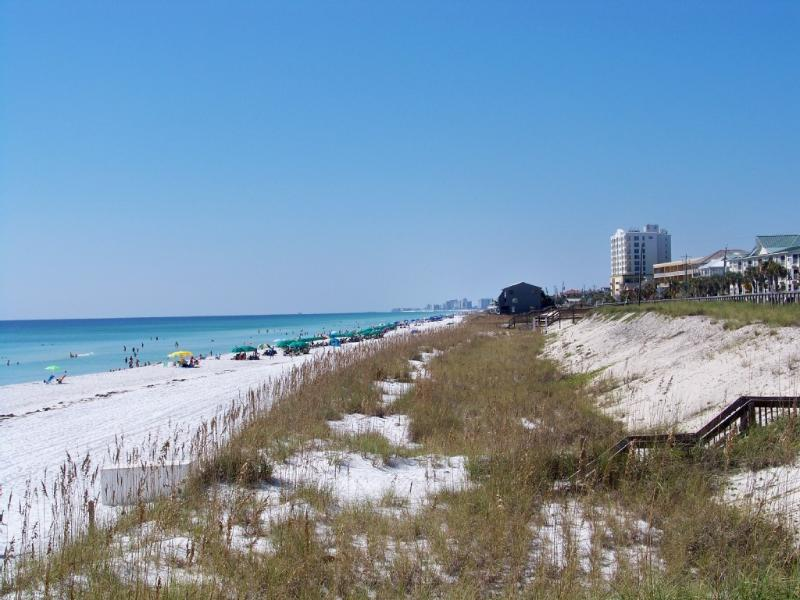 WOW!  The beach is really gorgeous!