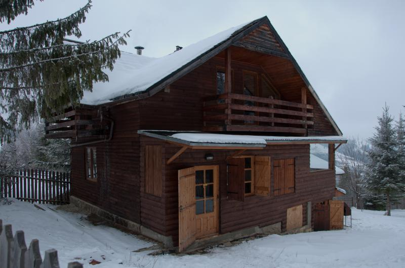 The cozy cabin in  the winter