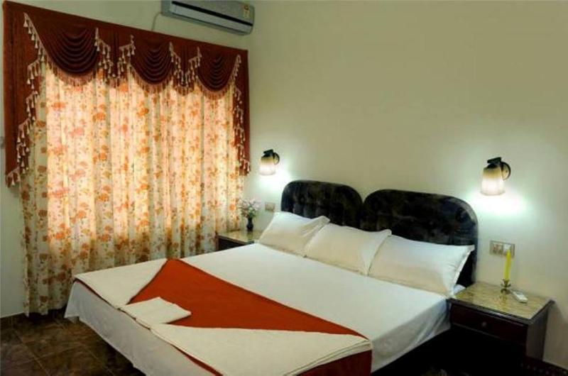 HISTORICAL BREAKS – Stay in a Lovely Village, vacation rental in Kaloor