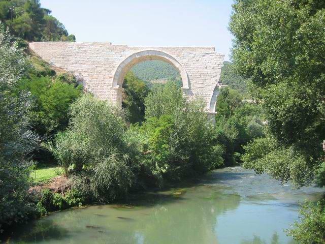 Pont romain de pont de l'ancienne-Augustus