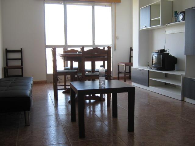 Amplio piso con vistas al mar, holiday rental in Vilanova de Arousa