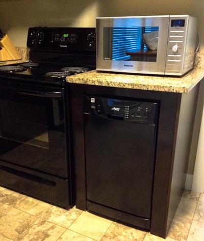 Dishwasher & microwave oven.