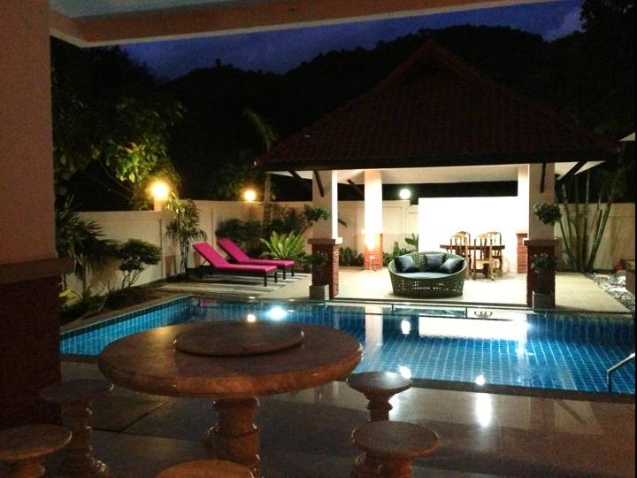 Umi Villa 7BDR7BA Pool 5 mins to Beaches!, holiday rental in Ao Nang