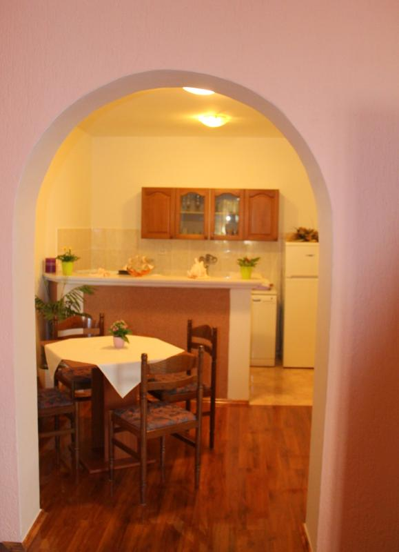 studio 1 (for 4 people)- dinning room and kitchen