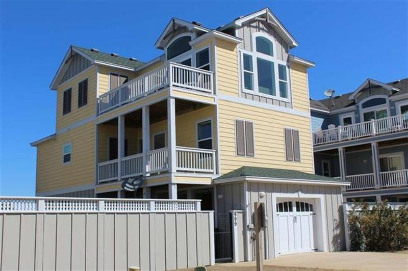 4 BR 4 BA Oceanside Escape with All the Toys!, alquiler de vacaciones en Corolla