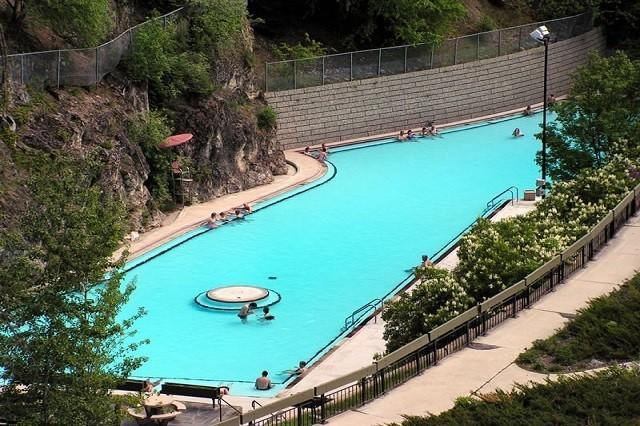 Radium Hot Springs natural mineral pool