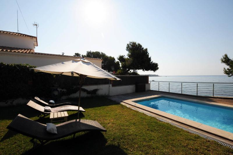 Luxury villa seaside, holiday rental in Alicante