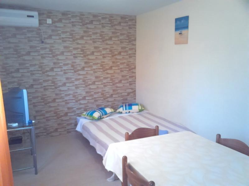 Cozy apartment 2+2, location de vacances à Privlaka