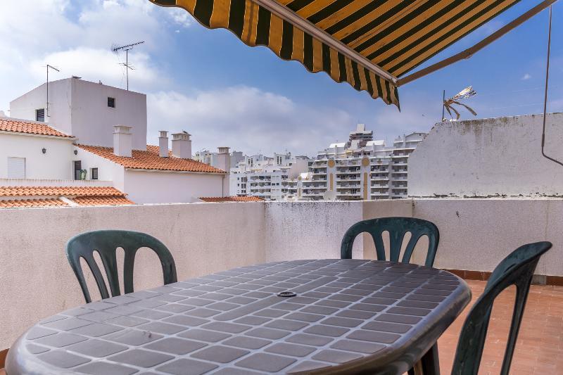 Serra Green Apartment, Armação de Pêra, Algarve, vacation rental in Armacao de Pera