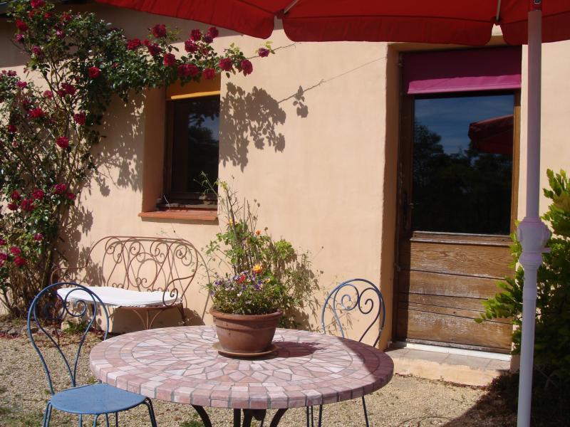Chambre Mauve, location de vacances à Peyzac-le-Moustier