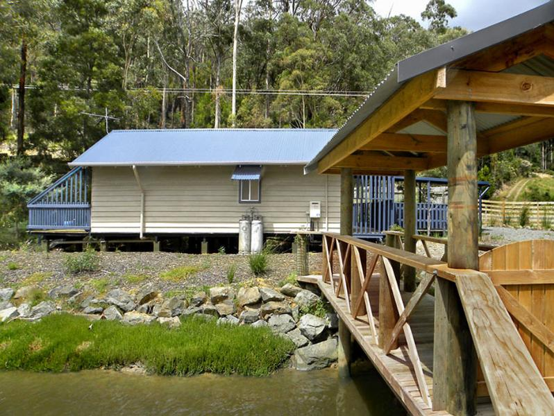 Boathouse & bridge