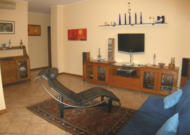 Appartamento Cascina Tafella Vacanze Short Lets, holiday rental in Sirmione