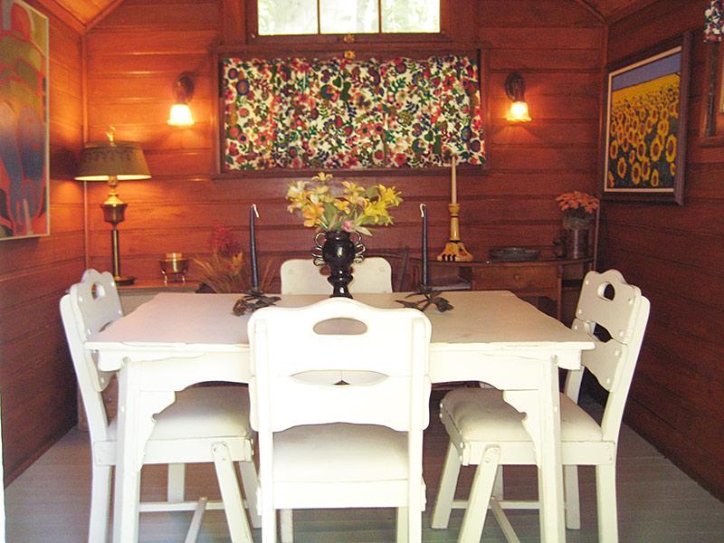 Dining Cabin Inside