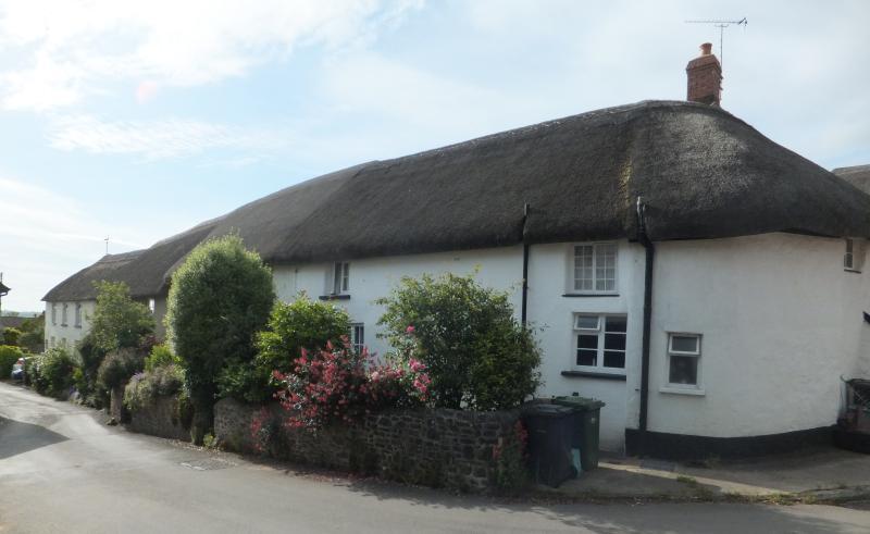 Belle historique Grade II énumérés cottage du XVe siècle