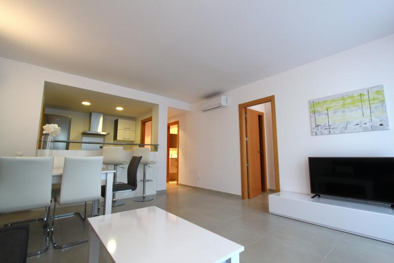 MODERN APARTMENT, holiday rental in Sant Antoni de Portmany