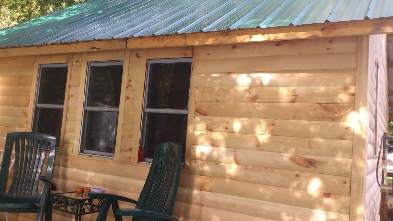 Cedar Lodge Campground, holiday rental in Lennox and Addington County