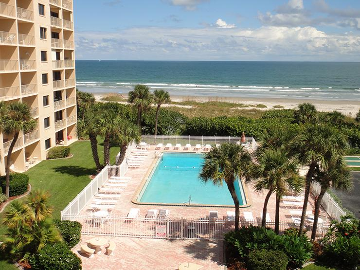 7520 Ridgewood Ave #803 :: Cape Canaveral Vacation Rental, holiday rental in Cape Canaveral
