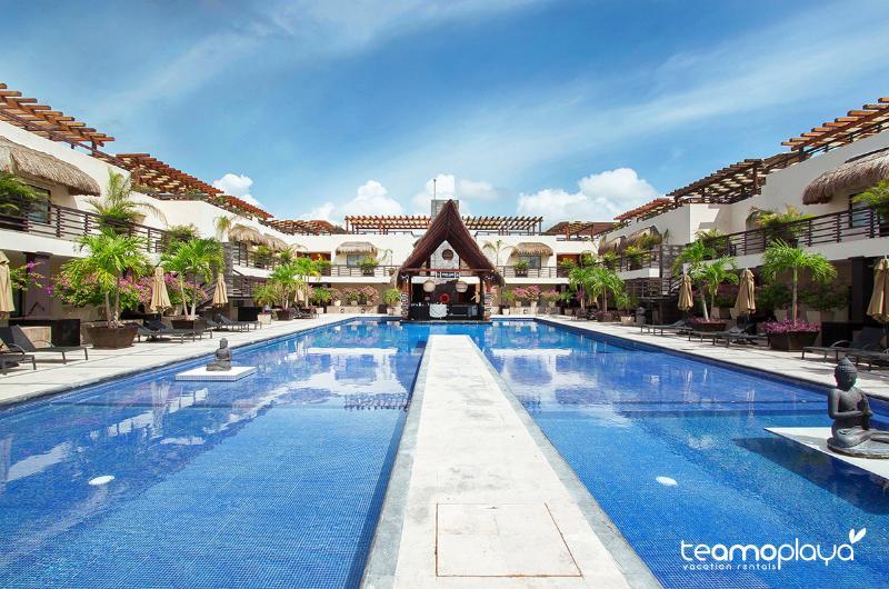 Aldea Thai, Penthouse 329