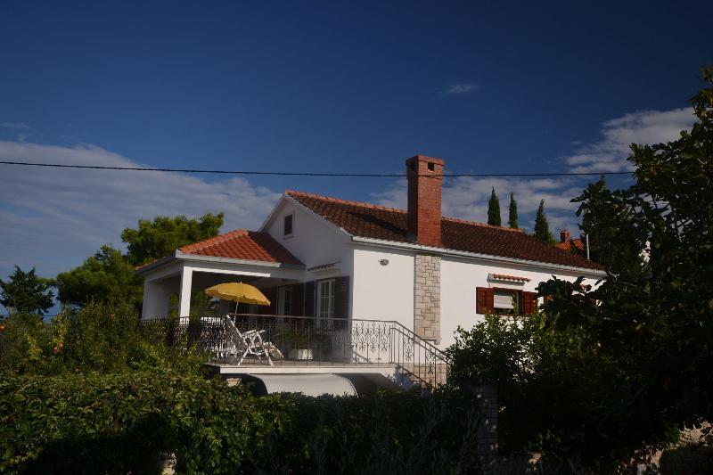 Zdenko A1(4) - Splitska, vacation rental in Splitska