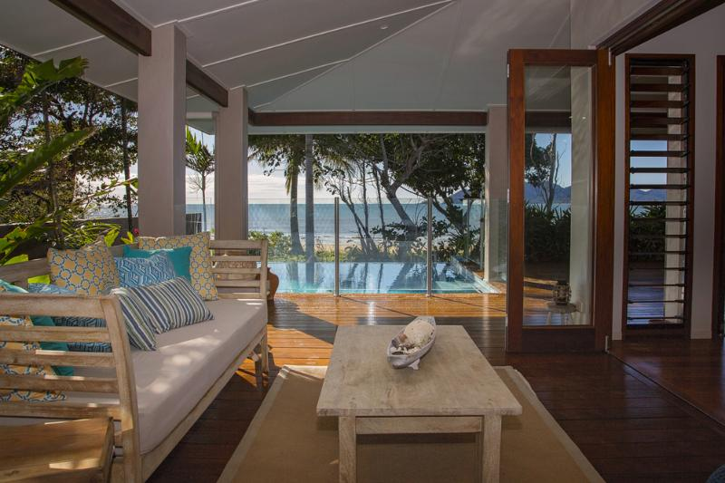 The Artist House - Daybed to Pool
