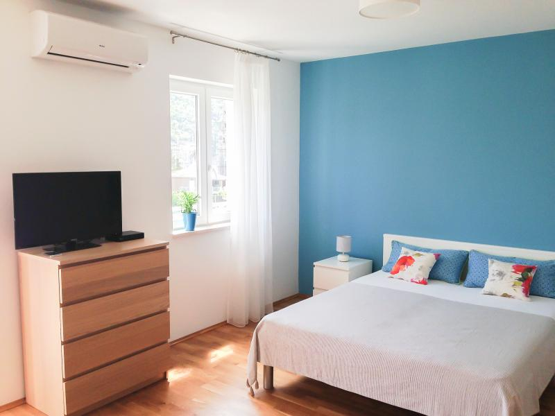 Double bed, air condition, SAT TV