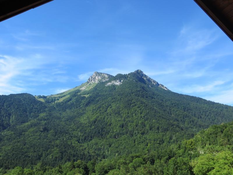 Blick auf die Berge von den vorderen Zimmern